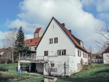 Denkmalgeschützter Pfarrhof in Hegge